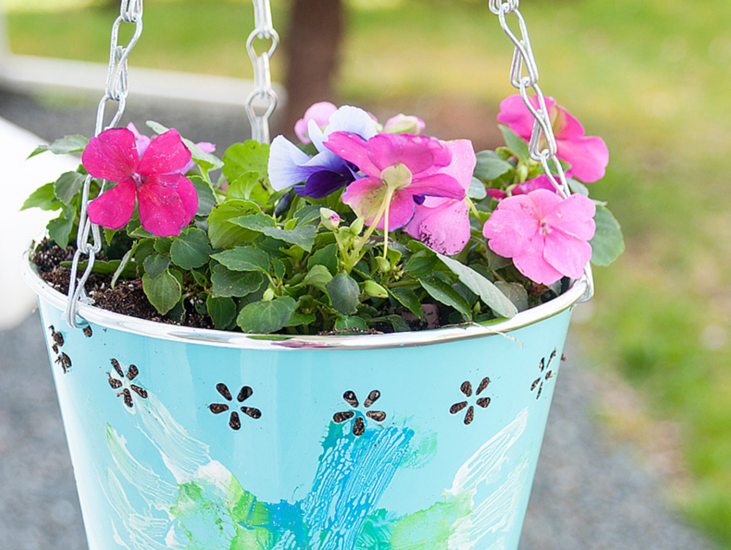 Heartfelt Hanging Basket: Mother's Day Gift Idea